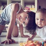 赤ちゃんへの向き合い方で変わる上の子の赤ちゃん返り