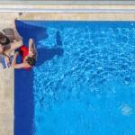 プールデートでは女性は外見の準備に力を入れるのが大事?